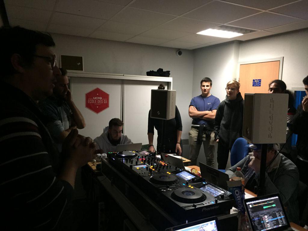 visite de l'école de DJ's UCPA Lyon 3